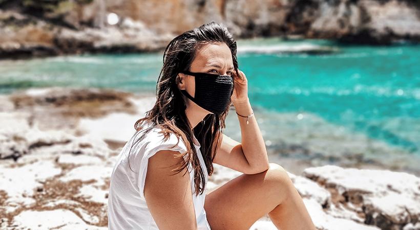 COVID-19 : Comment continuer de se protéger pendant les vacances ?